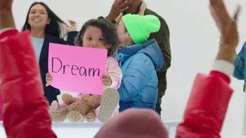 Gap TV Spot, 'Black Friday: Dream the Future' - Thumbnail 9
