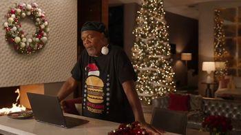 Capital One Shopping TV Spot, 'Holiday: Late Night' Feat. Samuel L. Jackson, John Travolta - Thumbnail 5