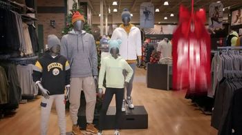 Dick's Sporting Goods Black Friday Deals TV Spot, 'Holidays: Apparel, Fleece, Footwear and Cardio'