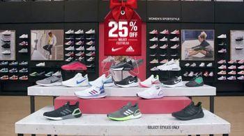 Dick's Sporting Goods Black Friday Deals TV Spot, 'Holidays: Apparel, Fleece, Footwear and Cardio' - Thumbnail 6