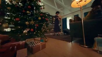 Fitbit TV Spot, 'Holidays: The Gift of Good Health' Song by Hawa