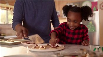 Hershey's Kisses TV Spot, 'Holidays: Bells to Blossoms' - Thumbnail 7