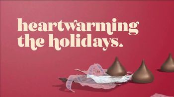 Hershey's Kisses TV Spot, 'Holidays: Bells to Blossoms' - Thumbnail 9