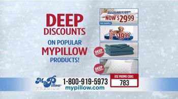 My Pillow Mike's Christmas Special TV Spot, 'Deep Discounts' - Thumbnail 6