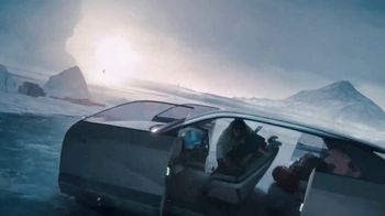 Hyundai Ioniq TV Spot, 'I'm In Charge' Featuring Maria Cornejo, David de Rothschild, BTS [T1] - Thumbnail 5