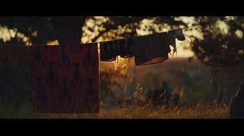 Michelob ULTRA Pure Gold TV Spot, 'Fogata' [Spanish] - Thumbnail 4