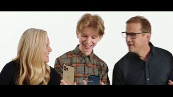 Verizon Black Friday TV Spot, 'The 5G America's Been Waiting For: Incredible: iPhone 12' - Thumbnail 1
