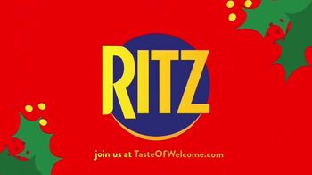 Ritz Crackers TV Spot, 'Holidays: Where There's Love, There's Family' - Thumbnail 7