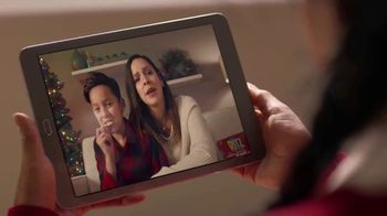 Ritz Crackers TV Spot, 'Holidays: Where There's Love, There's Family' - Thumbnail 2