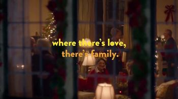 Ritz Crackers TV Spot, 'Holidays: Where There's Love, There's Family' - Thumbnail 6