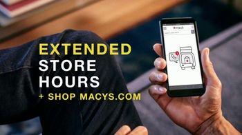 Macy's Black Friday Specials TV Spot, '$10 and Under' - Thumbnail 9