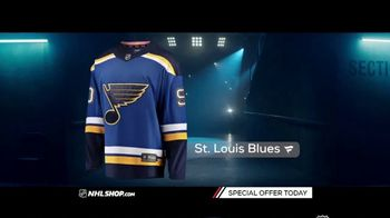NHL Shop TV Spot, 'Gearing Up for the Holidays' - Thumbnail 4