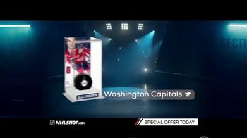 NHL Shop TV Spot, 'Gearing Up for the Holidays' - Thumbnail 5
