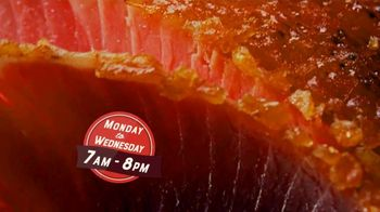 The HoneyBaked Ham Company, LLC TV Spot, 'Tradition Worth Savoring: Simple and Easy' - Thumbnail 9