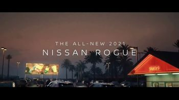 2021 Nissan Rogue TV Spot, 'What Should We Do?' Song by Blondie [T1] - Thumbnail 9