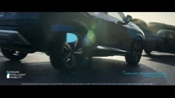 2021 Nissan Rogue TV Spot, 'What Should We Do?' Song by Blondie [T1] - Thumbnail 5