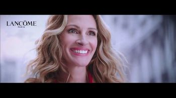 Lancôme La Vie est Belle TV Spot, 'Every Moment Is a Gift: No Offer' Ft. Julia Roberts, Song by Hannah Grace