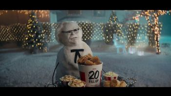 KFC $20 Fill Up TV Spot, 'Holidays: Colonel Snowman' - Thumbnail 2
