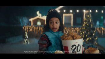 KFC $20 Fill Up TV Spot, 'Holidays: Colonel Snowman' - Thumbnail 5
