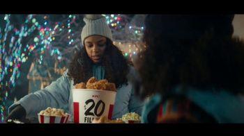 KFC $20 Fill Up TV Spot, 'Holidays: Colonel Snowman' - Thumbnail 6