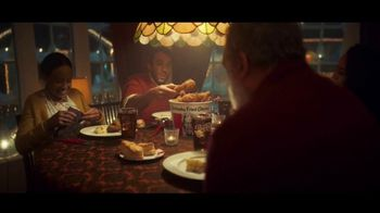 KFC $20 Fill Up TV Spot, 'Holidays: Colonel Snowman' - Thumbnail 7