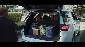 Chevrolet Cyber Sales Event TV Spot, 'Black Friday Event: Just Better: SUVs' [T2] - Thumbnail 4