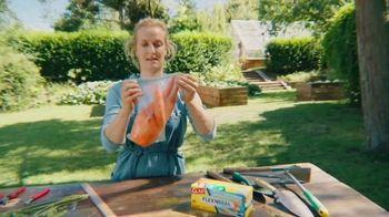 Glad Flex'N Seal TV Spot, 'Giant Carrot' - Thumbnail 6
