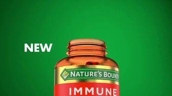 Nature's Bounty Immune 24 Hour+ TV Spot, 'Longer Lasting' - Thumbnail 5