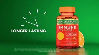 Nature's Bounty Immune 24 Hour+ TV Spot, 'Longer Lasting' - Thumbnail 7