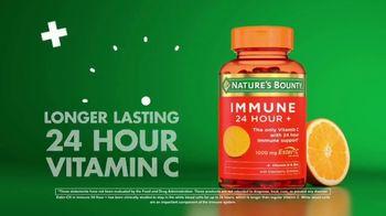 Nature's Bounty Immune 24 Hour+ TV Spot, 'Longer Lasting' - Thumbnail 8