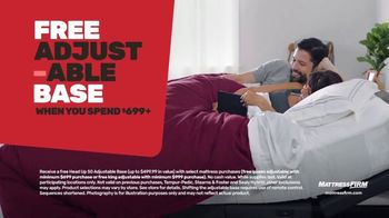 Mattress Firm Cyber Week Sale TV Spot, 'King for a Queen, Free Adjustable Base & 50% Off Selections' - Thumbnail 4