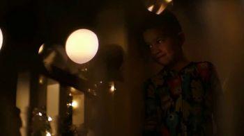 Pillsbury TV Spot, 'Holidays: Santa Belly Boops' - Thumbnail 7