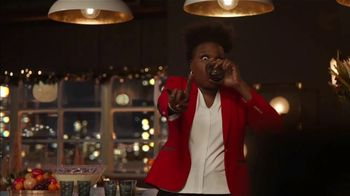 Portal from Facebook TV Spot, 'Portal Holidays: Holiday Happy Hour With Leslie Jones: No Offer' Song by Dimitri Syde