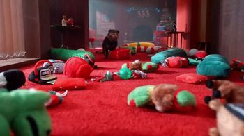 PetSmart TV Spot, 'Holidays: Season of Spoiling Is Here' - Thumbnail 4