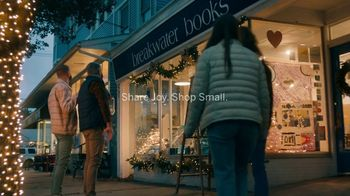 American Express TV Spot, 'Bookstore' - Thumbnail 10