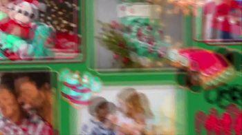 shopDisney TV Spot, 'Holidays: Create Magic Moments' - Thumbnail 9