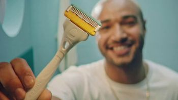 Schick Hydro Stubble Eraser TV Spot, 'How To Shave Comfortably With The Stubble Eraser' - Thumbnail 4