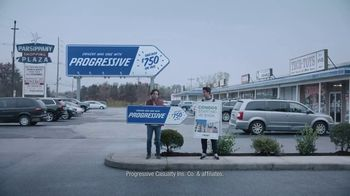 Progressive TV Spot, 'Sign Spinner: Billboard' - Thumbnail 4