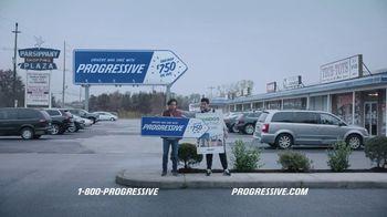 Progressive TV Spot, 'Sign Spinner: Billboard' - Thumbnail 5