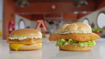 Arby's 2 for $6 Everyday Value TV Spot, 'The Sea' - Thumbnail 3