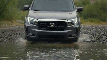 2021 Honda Ridgeline TV Spot, 'Rise to the Challenge: Redesigned Ridgeline' Song by Vampire Weekend [T2] - 20 commercial airings