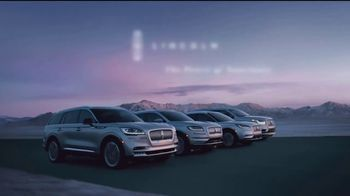Lincoln Motor Company TV Spot, 'Comfort in the Extreme: Cold' [T2] - Thumbnail 7