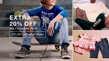 Macy's TV Spot, 'Extra 20% Off: Jeans, Children's Clothing, Activewear' - Thumbnail 4