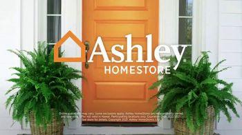 Ashley HomeStore Presidents Day Mattress Marathon TV Spot, 'Extended: 0% Interest' - Thumbnail 9