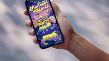 Candy Crush Saga TV Spot, 'Next-Level Crushing' Song by Dean Martin - Thumbnail 2