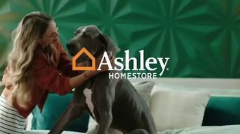 Ashley HomeStore Presidents Day Sale TV Spot, 'Extended: No Interest for Six Years' - Thumbnail 1