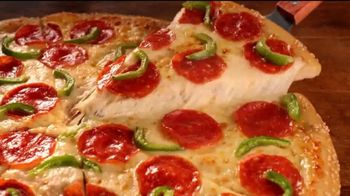 Hungry Howie's Heart-Shaped Pizza TV Spot, 'Valentine's Day: Irresistible' - Thumbnail 6