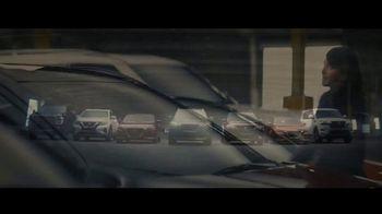Nissan TV Spot, 'Espiar' [Spanish] [T2] - Thumbnail 8