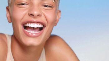 Crest Whitening Emulsions TV Spot, 'Better. Faster. 100% Whiter Teeth.' - Thumbnail 5