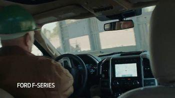 Ford Gran venta construidas para todos TV Spot, 'Vehículos para la gente' [Spanish] [T2] - Thumbnail 6